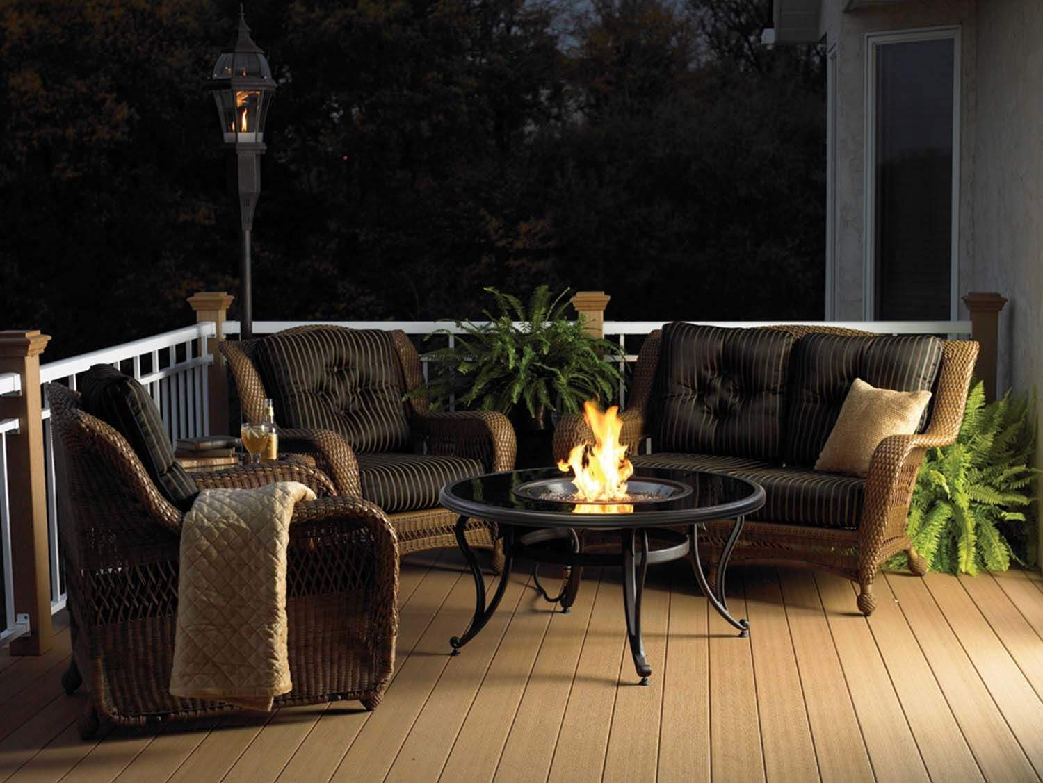 Outdoor Greatroom Black Glass Chat Height Gas Fire Pit
